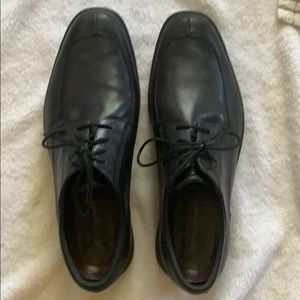 Rockport dress shoe